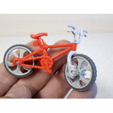 Пластик. велосипед