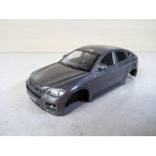 Модель автомобиля BMW X6 1/43 (80 баллов)