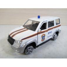 Модель автомобиля УАЗ МЧС (1/43)