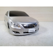 Модель автомобиля Toyota Camry 1/24 (50 баллов)