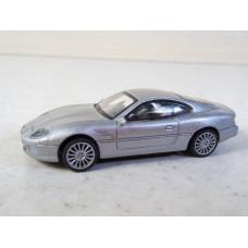 Модель автомобиля Aston Martin DB7 (1/72)