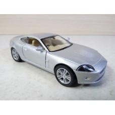 Модель автомобиля Jaguar XK-купе (1/38)