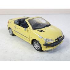 Модель автомобиля Peugeot 206 (1/43)