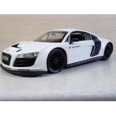 Радиоуправляемая машина Audi R8 (1/14)