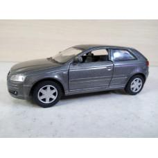 Модель автомобиля Audi A3 (1/32)