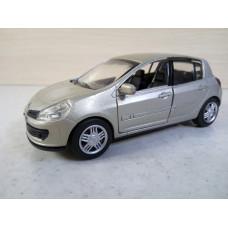 Модель автомобиля Renault Clio 3 (1/32)