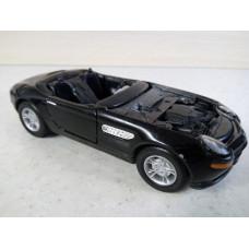 Модель автомобиля BMW Z8 1/32 (120 баллов)