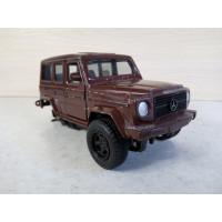 Модель автомобиля Мерс Гелик 1/32 (150 баллов)