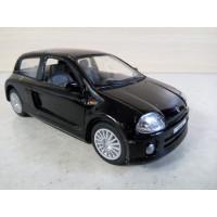 Модель автомобиля Renault Clio 1/30 (200 баллов)