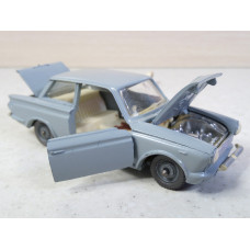 Ford Consul Cortina СССР (1/43)