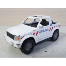Модель автомобиля Mitsubishi Pajero (1/46)