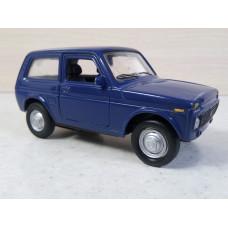 Модель автомобиля Нива синяя (1/36)
