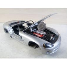 Модель автомобиля Dodge Viper SRT/10 (1/24)