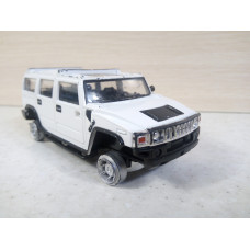 Модель автомобиля Hummer H2 белый (1/43)