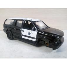 Модель автомобиля Chevrolet Suburban (1/47)