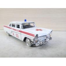 """Модель автомобиля ГАЗ-13 """"Чайка"""" белая (1/43)"""