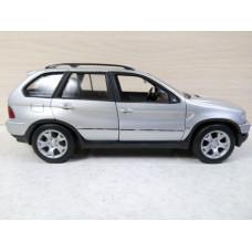 Модель автомобиля BMW X5 (1/26)