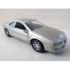 Модель автомобиля Ford Thunderbird (1/32)