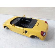 Модель автомобиля Toyota MR2 (1/32)