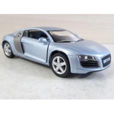 Модель автомобиля Audi R8 (1/35)