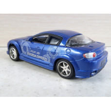 Модель автомобиля Mazda RX-8 (1/45)