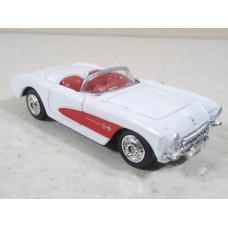 Модель автомобиля Chevrolet Corvette (1/62)