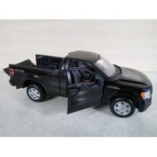 Модель автомобиля Ford F-150 черный (1/27)