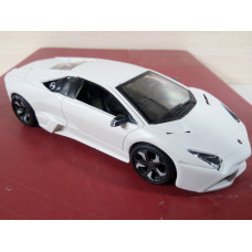 Модель автомобиля Lamborghini Murcielago (1/32)