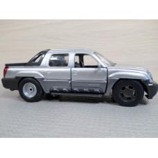 Модель автомобиля Chevrolet Avalanche №2 (1/32)