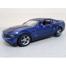 Модель автомобиля Ford Mustang GT (1/43)
