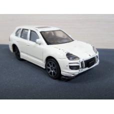 Модель автомобиля Porsche Cayenne Turbo (1/43)