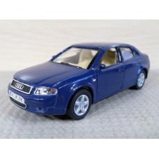 Модель автомобиля Audi A4 (1/36)