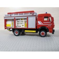 Масштабная модель грузовика Mercedes Benz (1/62-1/64)