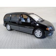 Модель автомобиля Dodge Caravan (1/32)