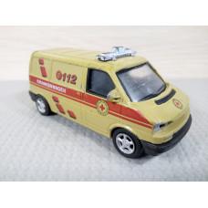 Модель автомобиля Volkswagen Transporter T4 №2 (1/43)