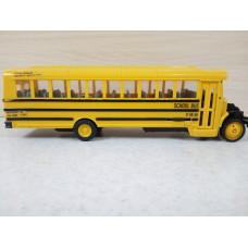 Американский школьный автобус (1/45)