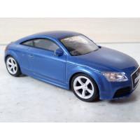 Модель автомобиля Audi TT (1/43)