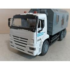 Масштабная модель грузовика КамАЗ (1/39)