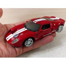 Модель автомобиля  Ford GT (1/32)