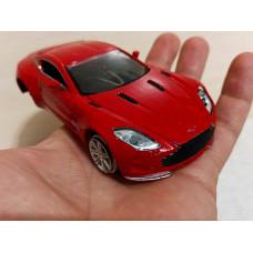 Модель Aston Martin (1/32)