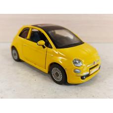 Модель автомобиля Fiat 500 (1/32)