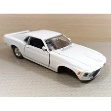 Донор в перепил Ford Mustang (1/39)